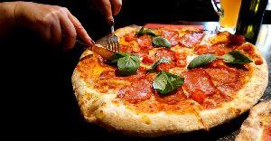 Pizzeria Kami mit leckeren traditionellen italienischen Essen und Lieferservice in Gronau.
